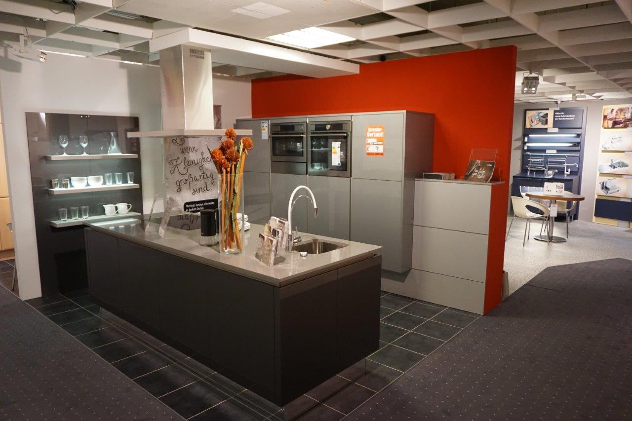 innovative siemens ger te in eisenach m bel cranz und sch fer k chen einrichten. Black Bedroom Furniture Sets. Home Design Ideas