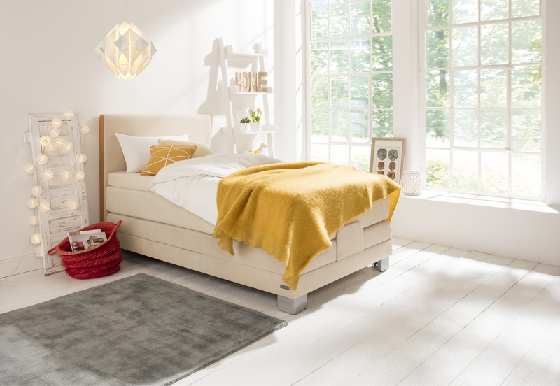 Bild Bett Boxspringbett Weiß Gelb